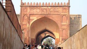 agra-fort-entrance